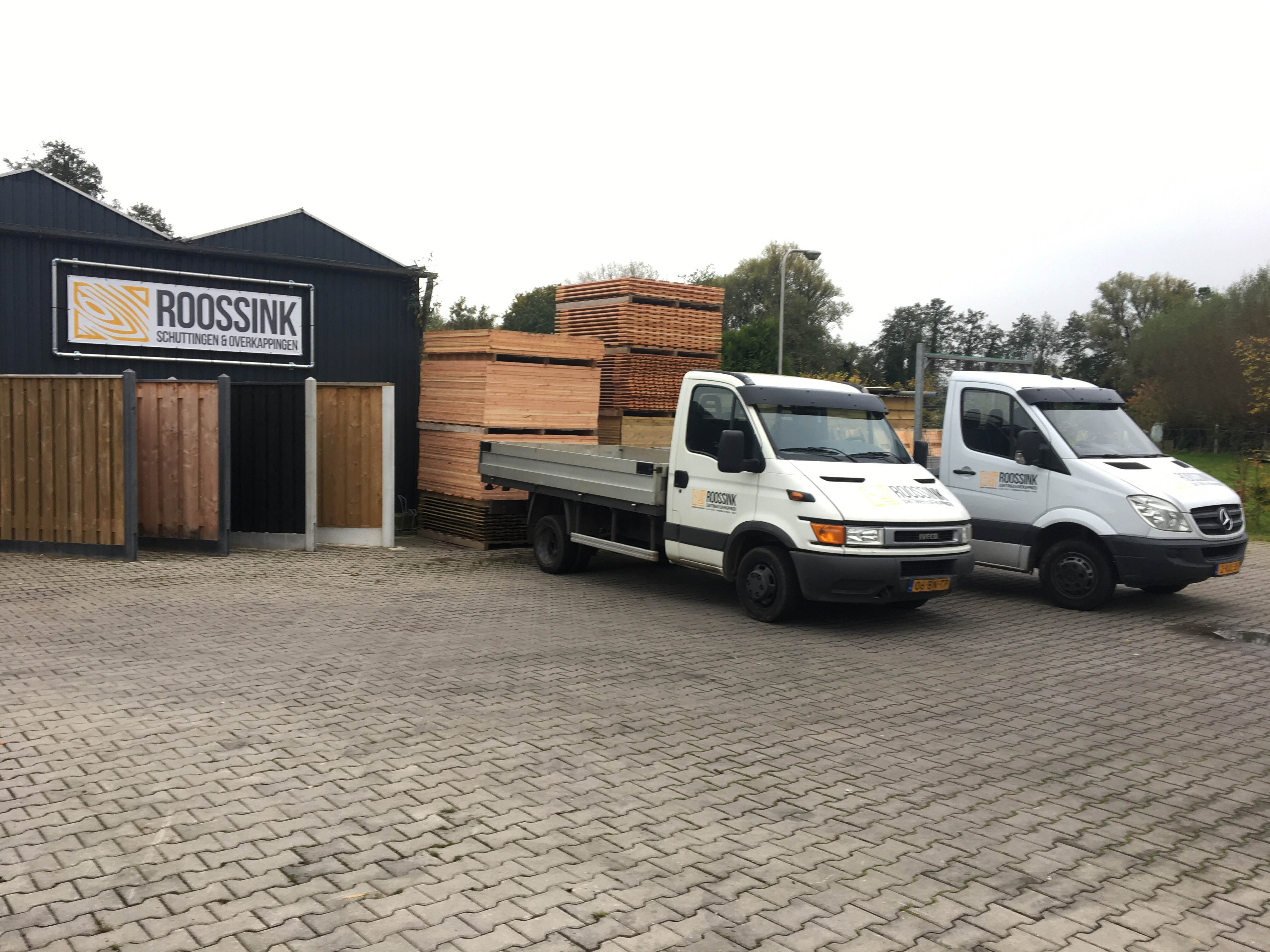 Roossink Schuttingen & Overkappingen Contact